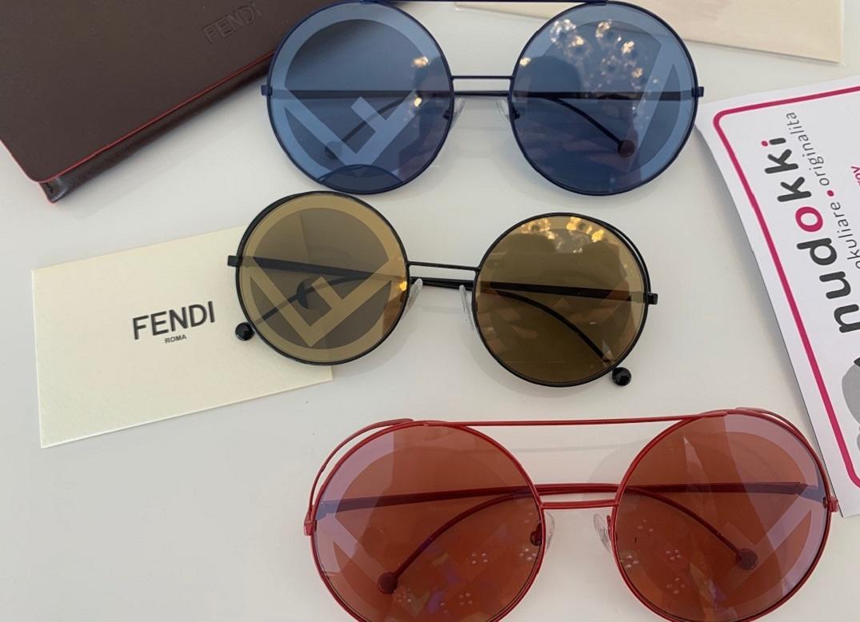 Víte, jaký je rozdíl mezi Fendi Run Away a Fendi Fendirama?